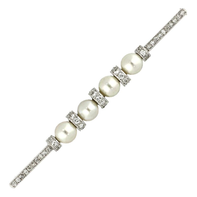 Brosche mit Zuchtperlen und Diamanten in Weißgold