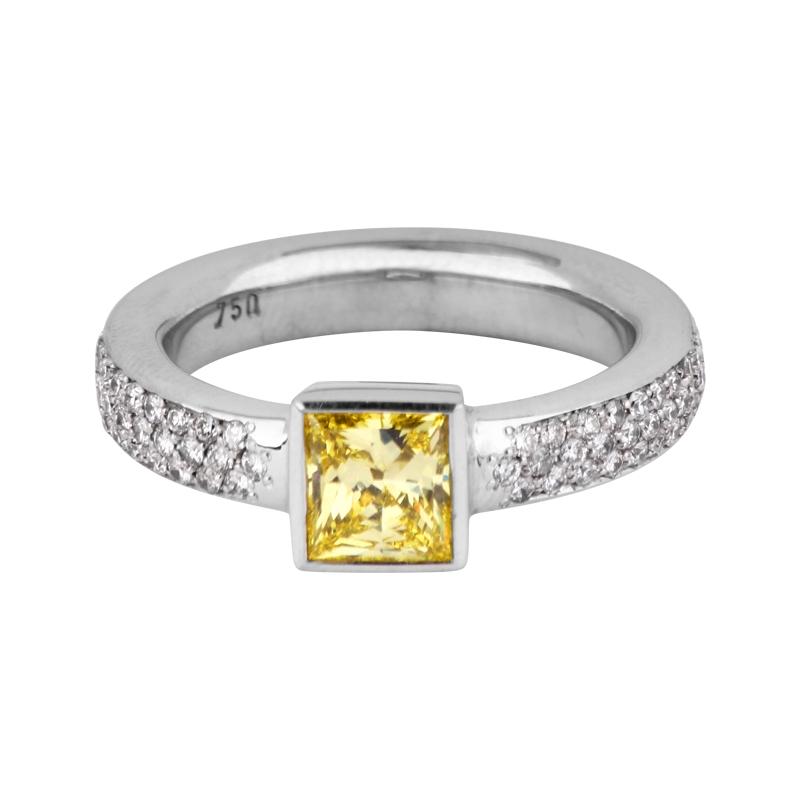 Hochwertiger Diamantring 750er Weißgold