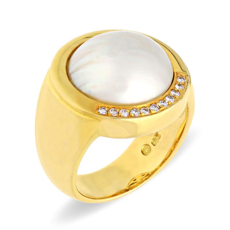 Damenring in Gelbgold mit einer Mabe-Perle und Brillanten